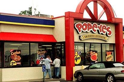 Dueña de Burger King compra cadena Popeyes en $1.800 millones