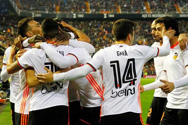 Real Madrid cae ante el Valencia y da vida al Barcelona en la Liga