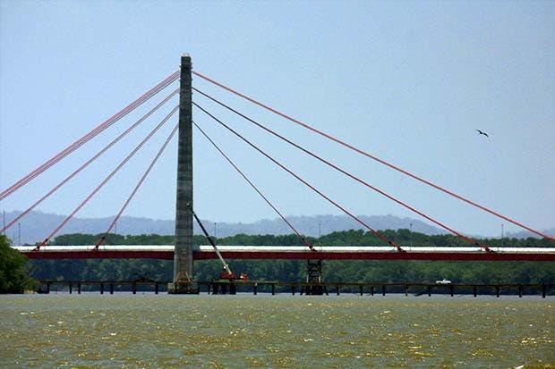 Proyecto para combatir la sequía en cuenca del Tempisque recibe ayuda del BCIE