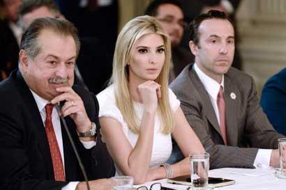 Ivanka Trump impulsa multimillonario plan de cuidado infantil