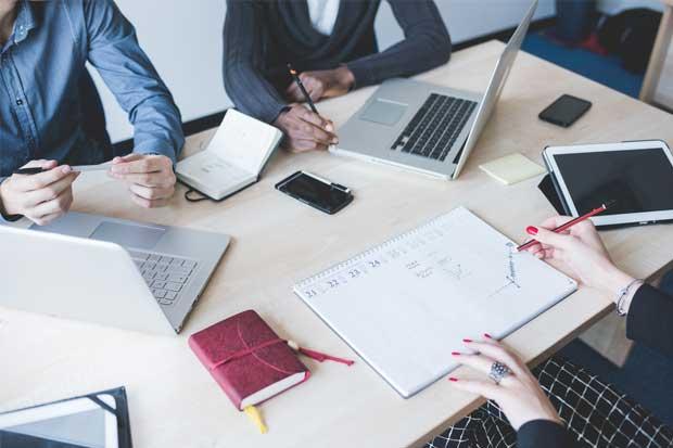 UNA acredita carrera de Planificación Económica y Social