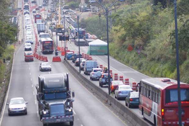 Vía Alajuela-San José en puente Alfredo González estará cerrada el domingo