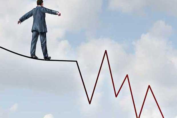 S&P advierte sobre posible baja en calificación de riesgo del país