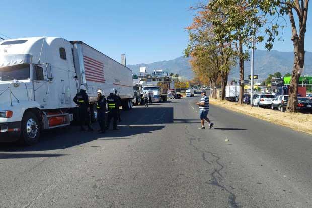 Gobierno no permitirá bloqueos de sindicato de traileros del ANEP