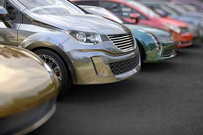 Mitad de los vehículos importados en la última década son de segunda mano