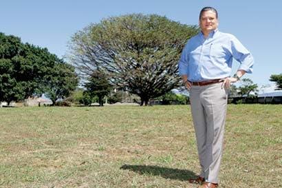 Ciudad tecnológica choca con Cementerio Calvo