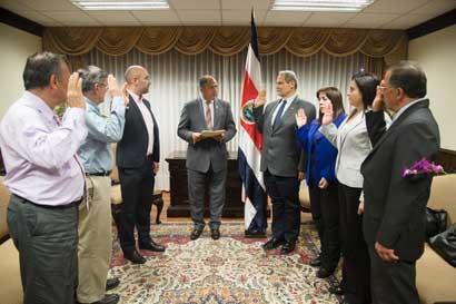 Gobierno nombró junta interventora de Infocoop