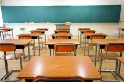 Listos unos 69 centros educativos que fueron afectados por terremoto de Sámara
