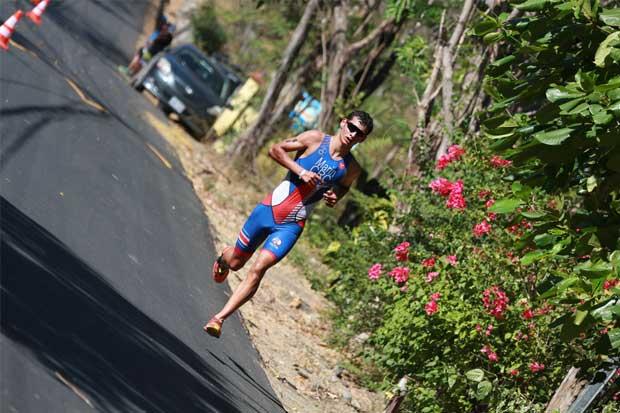 Triatletas costarricenses ganan campeonato centroamericano