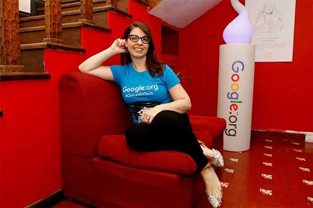 Costa Rica primer país en recibir donativo para apoyar mujeres en tecnología