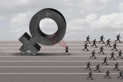 ¿Cuánto menos ganan las mujeres en Costa Rica?