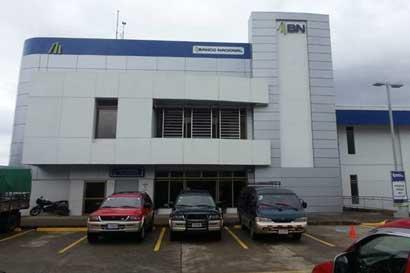 Banco Nacional es premiado por liderar finanzas a favor del ambiente