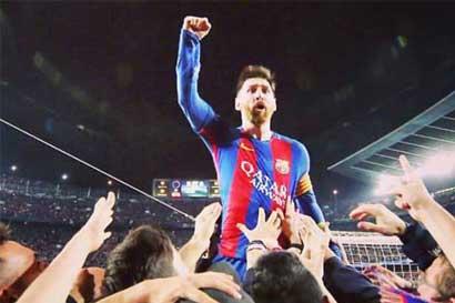 Barcelona remonta al PSG en el último minuto