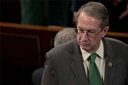 Congresistas de Estados Unidos piden cambios a visa para inversionistas