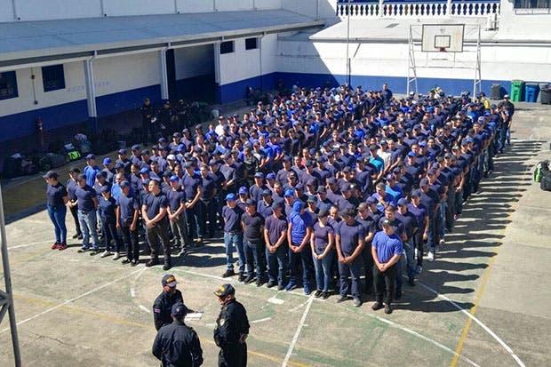 Gustavo Mata pide apoyo para construcción de nueva Escuela de Policía