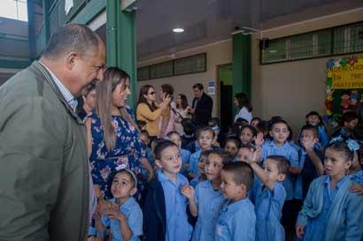 Tres nuevas infraestructuras beneficiarán a 1.643 estudiantes de Cartago