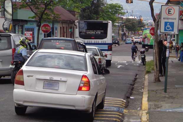 56 conductores han sido sancionados por mal estacionamiento