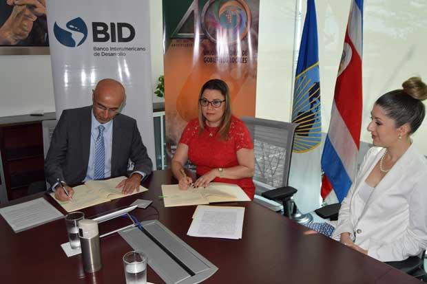 Gobiernos locales y BID buscan mejorar uso de residuos sólidos