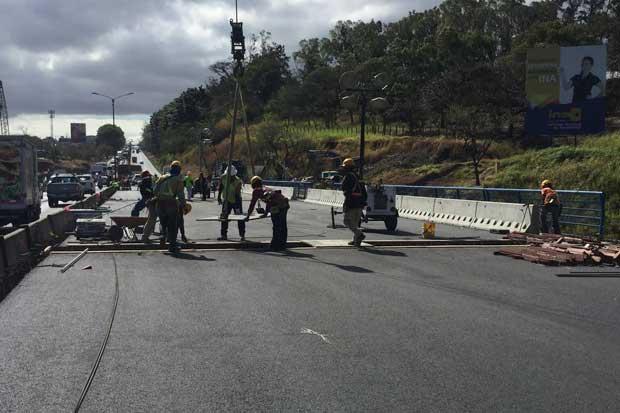Próxima semana se habilitará el paso a tres carriles por puente Alfredo González Flores