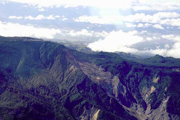 Traslado de torres telecom del volcán Irazú fue declarado de interés público