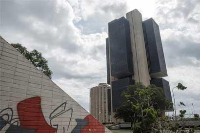 Moody's mejora perspectiva de calificación de Brasil a estable