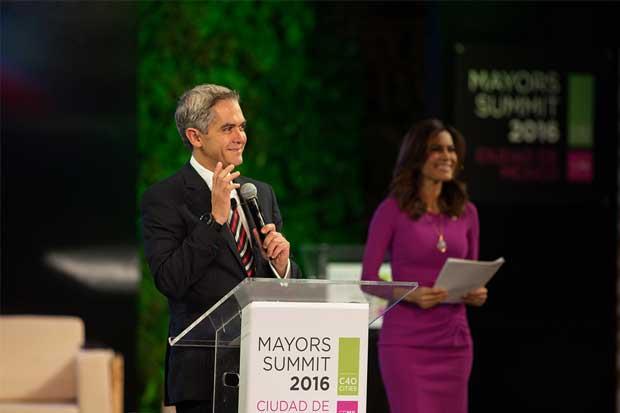 Jefe de Gobierno de Ciudad de México decide este año si va por la presidencia