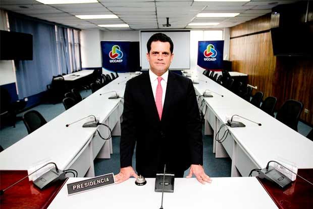 Uccaep propone reformas para incentivar formalización de trabajadores
