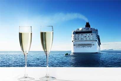 ICT tuvo exitosa participación en feria especializada de cruceros