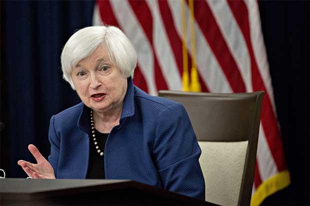 """Yellen calma temores de """"gatillo fácil"""" en estrategia de Fed"""