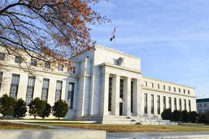 Subida de tasas en EE.UU. provoca inesperada alza en precios de los bonos