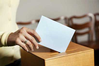 TSE avala iniciativa para limitar contribuciones privadas a los partidos políticos