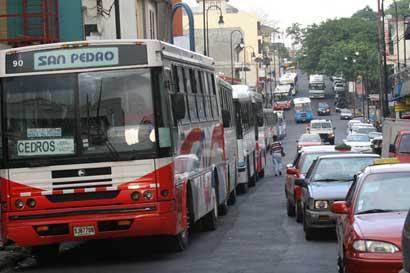 Frente Amplio pide implementación de nuevo modelo tarifario de autobuses