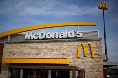 McDonald's en América Latina apagará sus rótulos en la Hora del Planeta