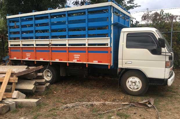 Sinac decomisó dos camiones y madera ilegal en Península de Osa