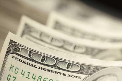 Fondos de inversión en dólares se hacen atractivos