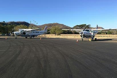 Pista de aterrizaje de Tamarindo cuenta con nueva capa asfáltica