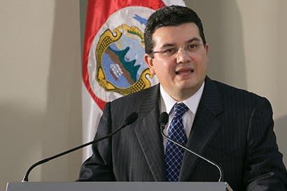 Ministro de la Presidencia sostendrá reuniones como parte de adhesión del país a la OCDE