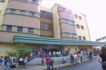 Hospital Calderón Guardia recibirá equipos para ginecología valorados en casi ¢54 millones