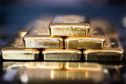 Oro puede dispararse a $1.500 por aumento de la inflación