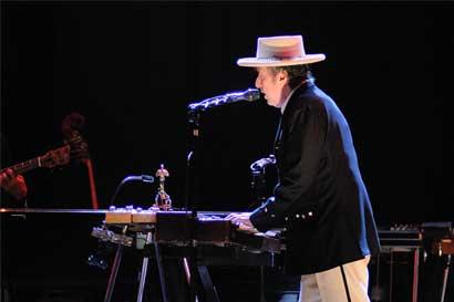 Bob Dylan finalmente aceptará premio Nobel de Literatura