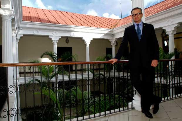 """Canciller: """"Costa Rica no tiene Embajador en Venezuela"""""""