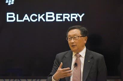 Liberado de los teléfonos, BlackBerry gana ahora con el software
