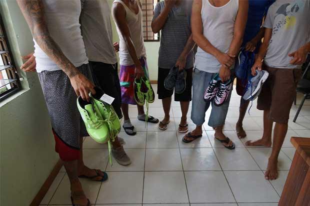 Centro Adulto Joven ya recibió su primer donativo de zapatos