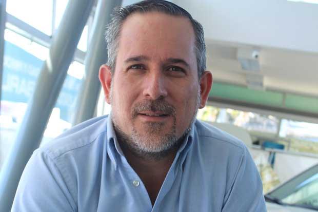 Mario Fernández, líder sobre ruedas