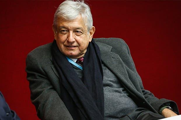 México: Cae López Obrador en encuesta