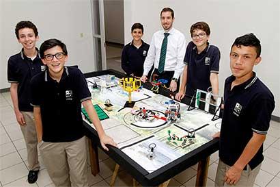 Estudiantes de Yorkín acudirán a competencia de Lego