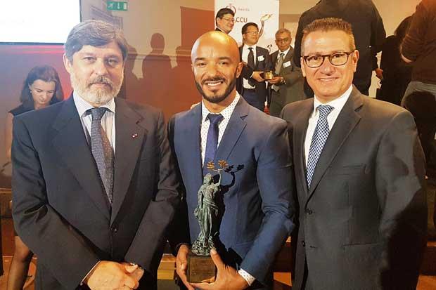 Arcos Dorados recibió premio por su trabajo de McDonald's University en América Latina