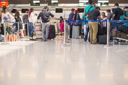 Formularios de migración afectan turismo