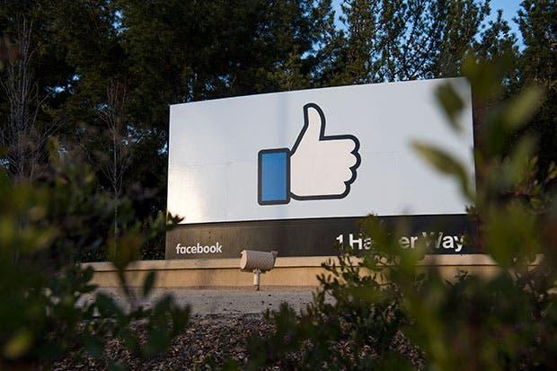 Facebook combate noticias falsas en Alemania con anuncios