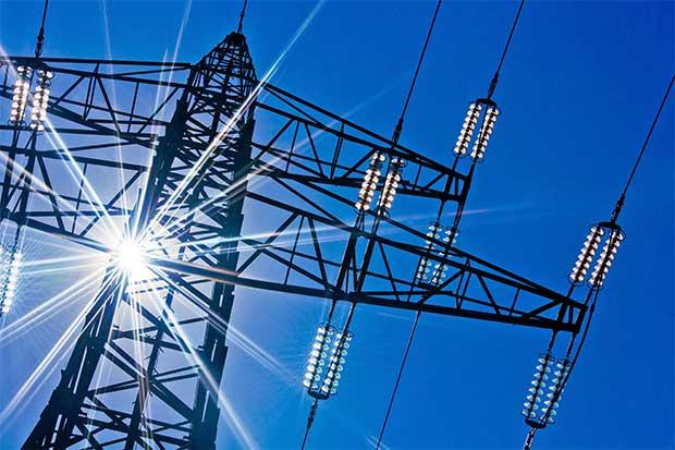 Mercado eléctrico saca chispas entre precandidatos